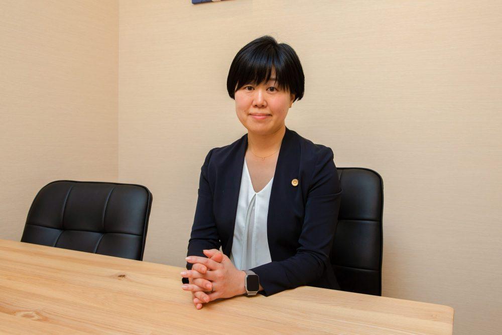 髙橋弁護士